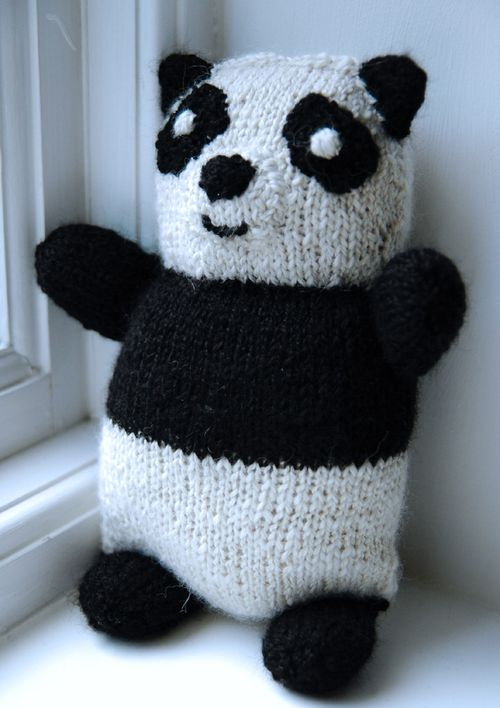 Knitted panda fro Billy