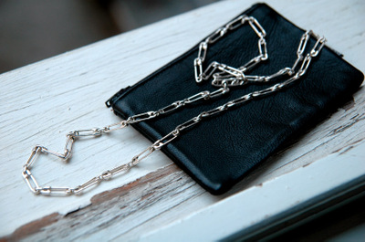 Safety_pin_necklace
