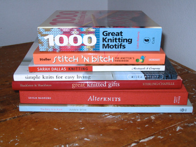 Book_pile_knit