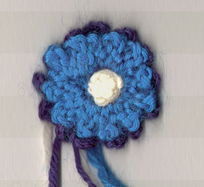 Double_ruffled_flower_finished_two_colou